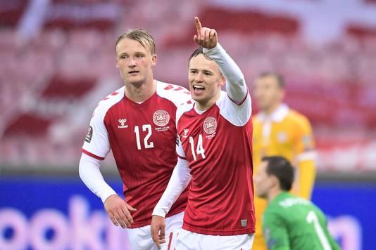 Kasper Dolberg en Mikkel Damsgaard scoorden allebei twee keer.