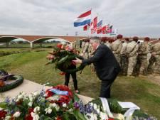 Gesneuvelde Amerikaanse soldaten herdacht bij Waal-oversteek Nijmegen