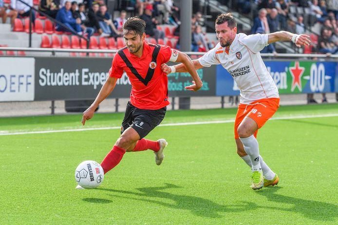 Denis Mahmudov maakte tegen AFC zijn debuut voor TEC.
