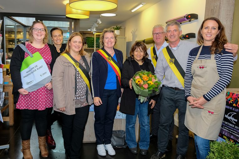 Week van de Anderstalige Klant: officieel startschot bij bloembinderij Floore (.