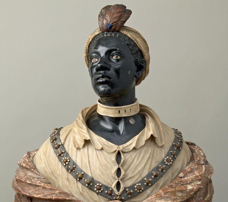 John Nost II, Bust of a Moor, ca. 1700. Men vermoedt dat dit een portret is van een lievelingsbediende of 'slaaf' (met opvallende slavenband) van koning-stadhouder Willem III Van Oranje-Nassau. Beeld RV