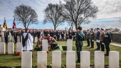 Video: Twee onbekende soldaten uit WO I krijgen alsnog laatste eerbetoon in Mesen