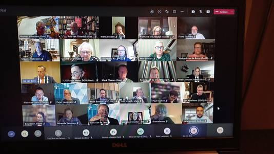 De Geldrop-Mierlose gemeenteraad sprak woensdagavond digitaal over de toekomst van het zwembad.