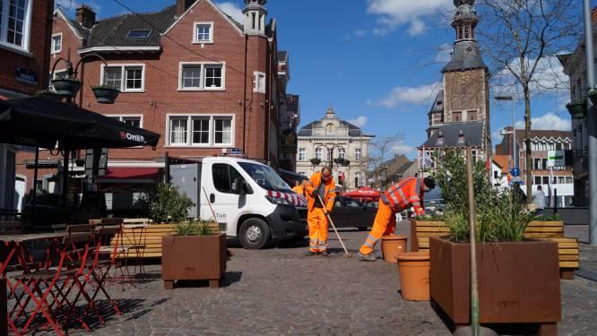 Hartje Tielt is klaar voor de terraszomer: Knip vervroegd doorgevoerd, overdekt terras van jeugdcafés is klaar