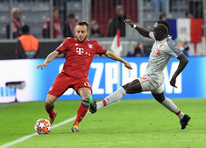 Rafinha in het shirt van Bayern.