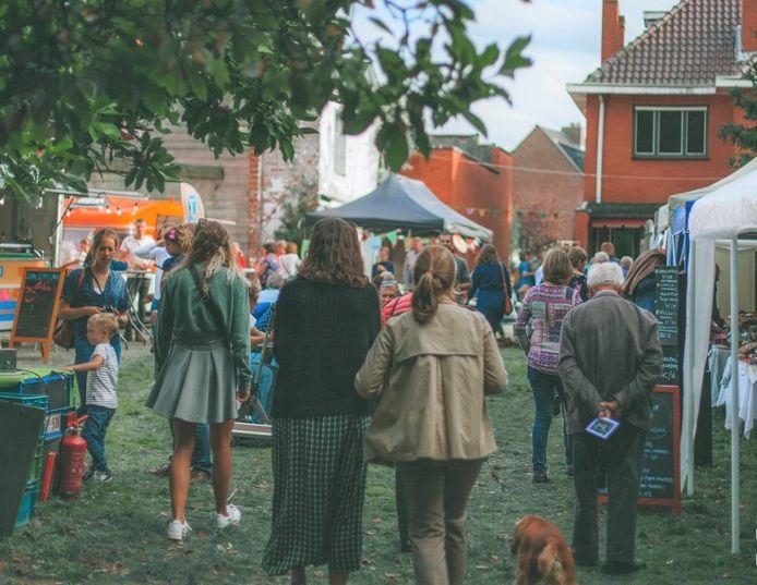 De eerste editie van de Bio- en Herfstmarkt lokte alvast veel bezoekers naar De Reuzetuin.