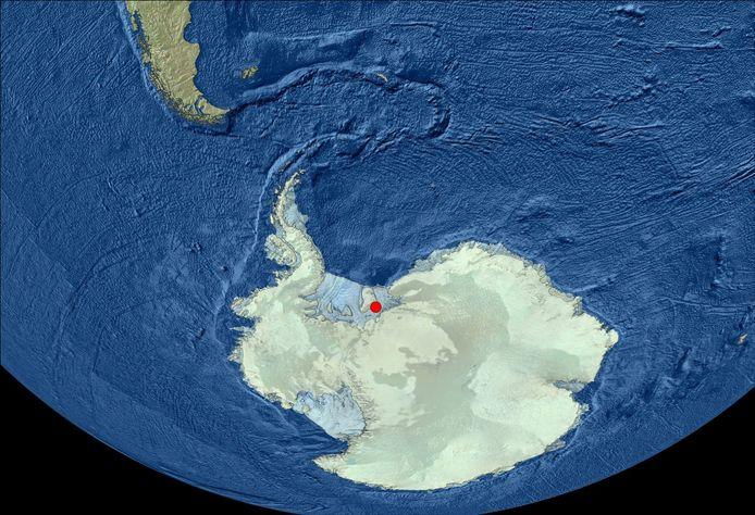 Rood is het afgelegen gebied waar de wetenschappers boorden.