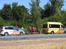 Slecht asfalt brengt wielrenners ten val in Valkenswaard