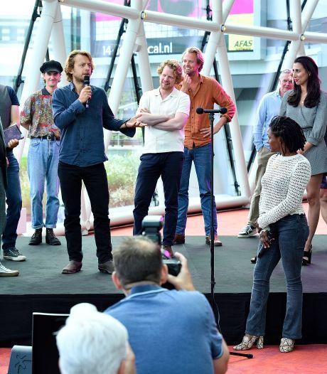 Gabbermuziek, een hoofdrolspeler die niet zingt: in musical over Johan Cruijff gaan alle regels overboord