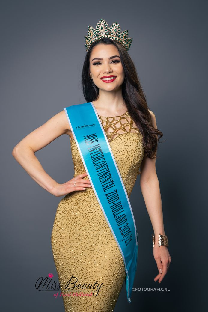 Vera van Workum uit Oud-Beijerland is Miss Intercontinental 2021 van Zuid-Holland
