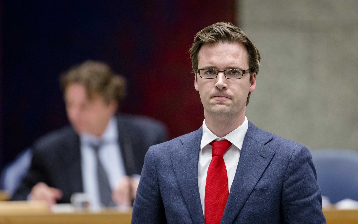 Voor D66-Kamerlid Sjoerd Sjoerdsma voelt het militair ingrijpen – zonder VN-mandaat – 'onwenselijk en ongemakkelijk'.