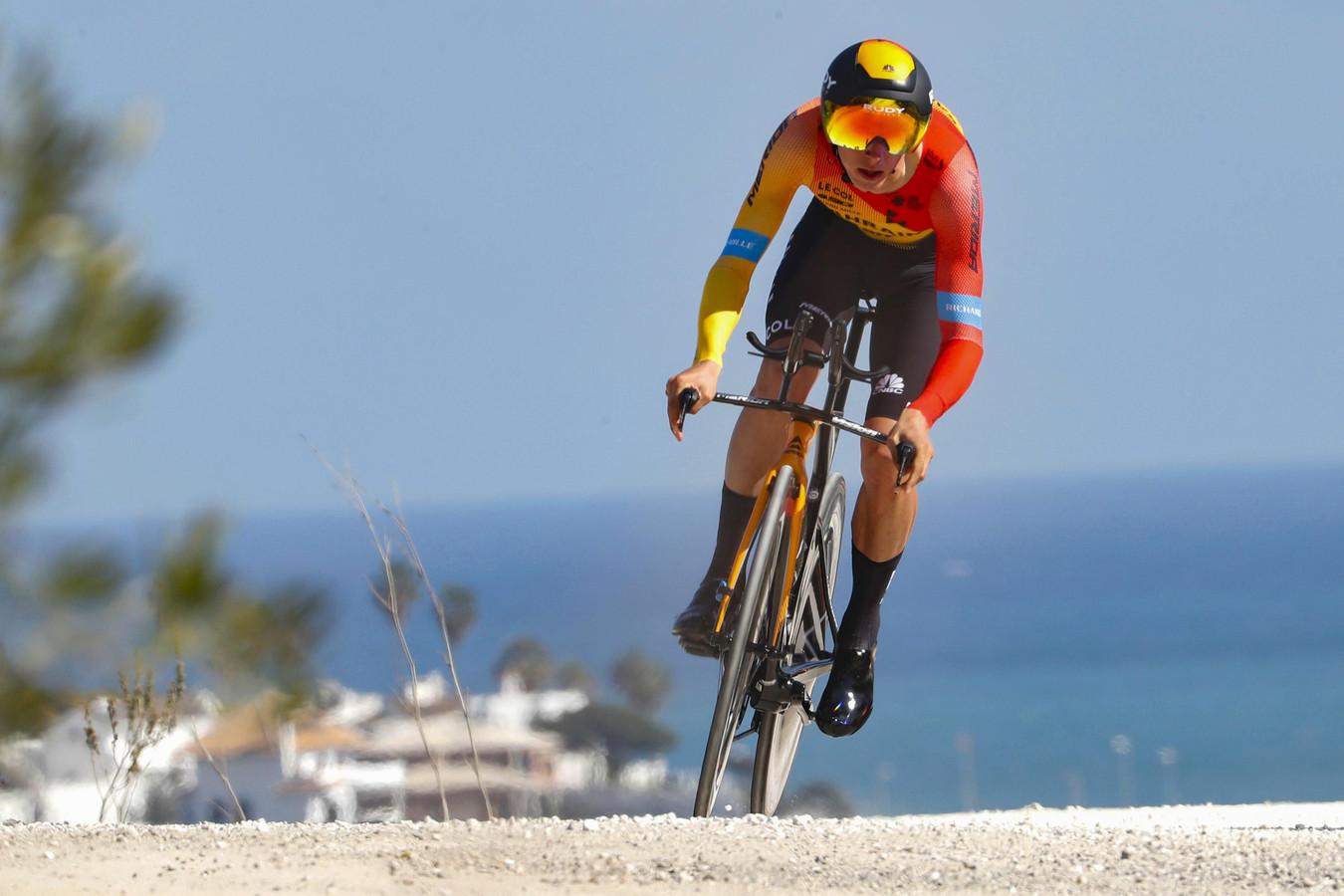 Dylan Teuns won de slottijdrit in de Ruta de Sol.