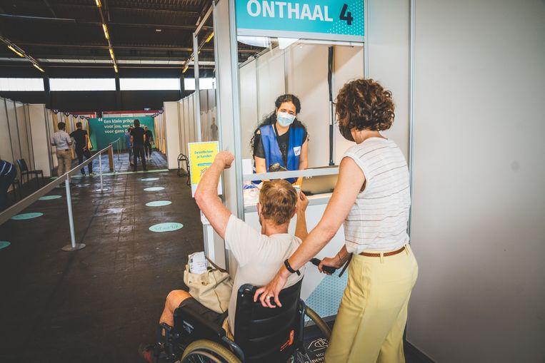 Het vaccinatiecentrum in Flanders Expo, Gent. Beeld Wannes Nimmegeers