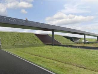 """Fietsbruggen over R4 hebben naam: """"Hultjen- en Zandekenbrug verwijzen naar geschiedenis daar"""""""
