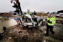De auto van Petra Bos na de treinbotsing twee maanden eerder.