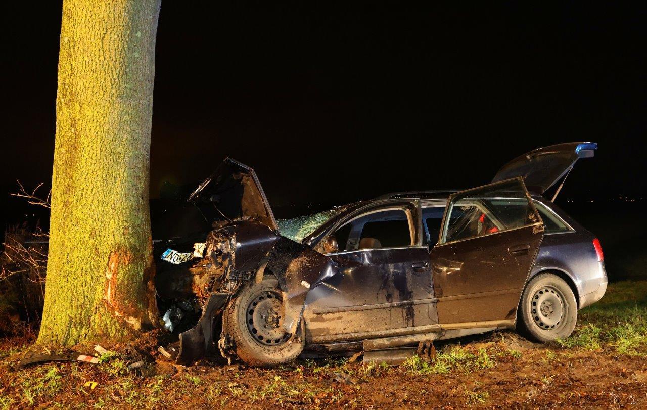 De bestuurder van de auto ging er vervolgens vandoor, maar werd ongeveer een uur later door de politie aangetroffen in de omgeving van het ongeval.
