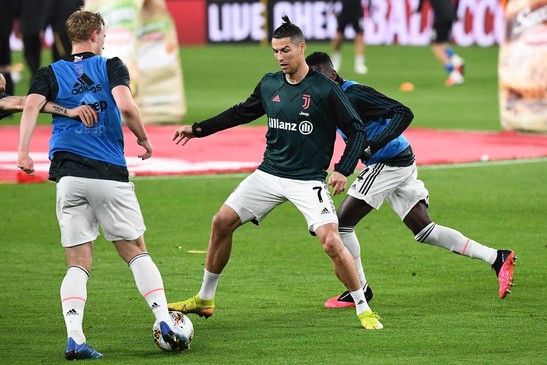 Ook Ronaldo ging akkoord dat Juventus zijn loon vier maanden niet moet betalen. Beeld AFP