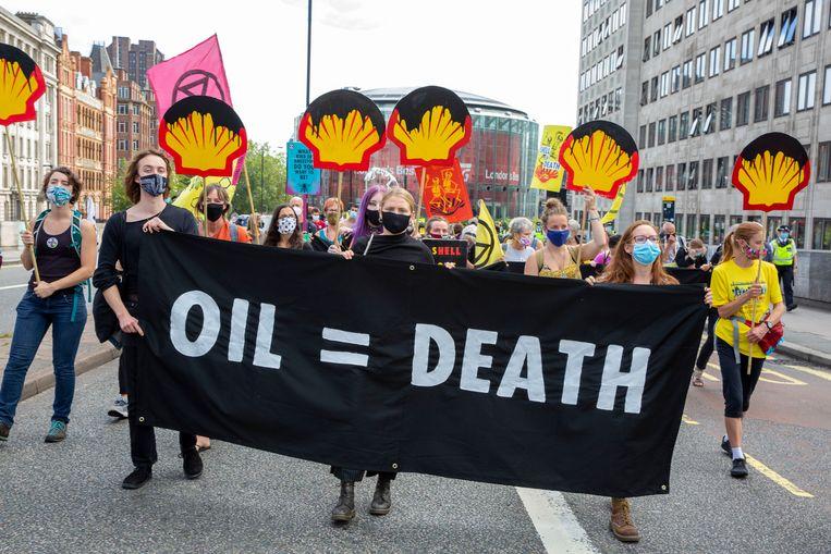 Extinction Rebellion protesteert tegen de uitstoot van Shell. Beeld Getty Images