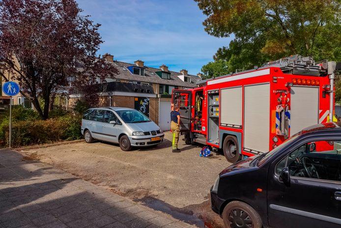 De brand brak dinsdagmiddag uit in de keuken van een woning aan de Mélisandeplaats in Amersfoort.