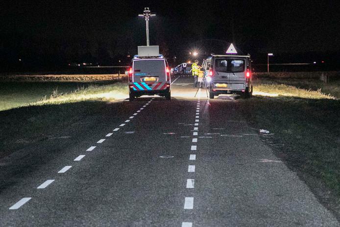 De politie deed grondig onderzoek na de aanrijding op de Betenlaan in Winssen, tegen Bergharen aan.