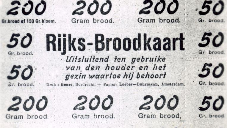 Kaart met distributiebonnen uit 1941. Beeld Stadsarchief Amsterdam