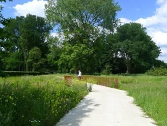 Nieuwe voetgangers- en fietsersbrug verbindt Park Groot Schijn met speelbos