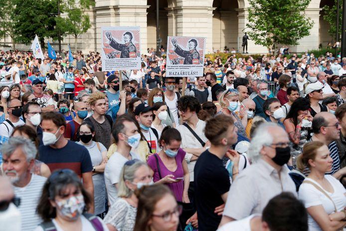 Protesten in de Hongaarse hoofdstad Boedapest tegen de omstreden antihomowet