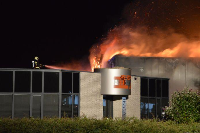 Brand in het bedrijfspand aan de Fazantendreef.