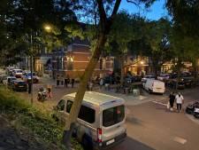 Studenten bekogelen agenten vanuit raam terwijl ze coronafeestje vieren, politie woedend