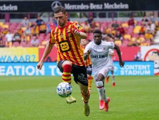 """Hugo Cuypers overtuigt bij debuut voor KV Mechelen: """"Kippenvel van bij de opwarming"""""""
