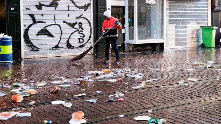 Zwerfafval: Maarten van Deursen ruimt het al jaren op. Maar nu heeft hij er genoeg van. Beeld null