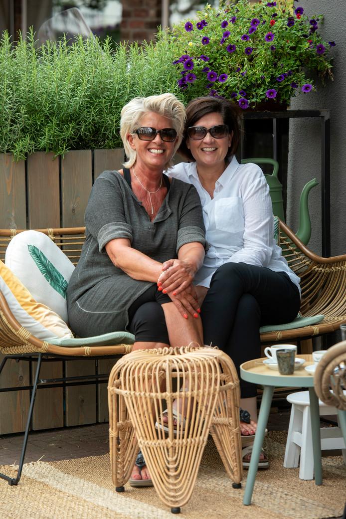 Vera Hendriks (links) en Simone van Leeuwen.