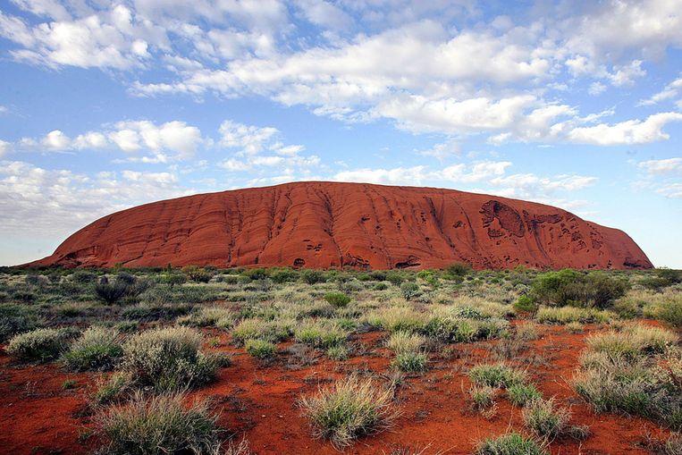 Uluru, ofwel Ayers Rock, in Australië Beeld AFP