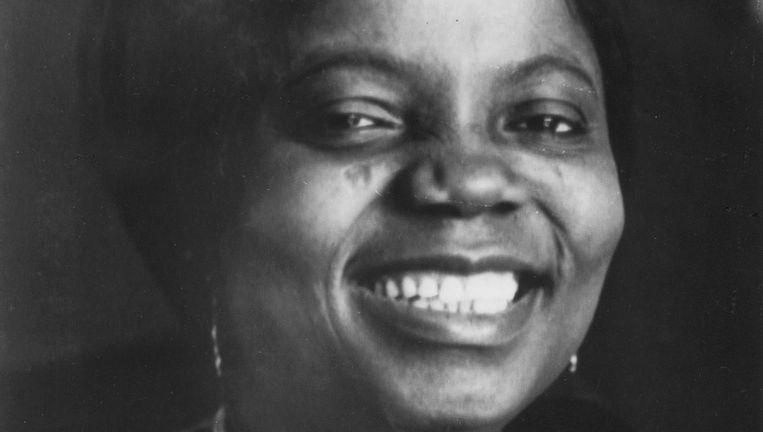 Een jonge Buchi Emecheta (1944-2017). Beeld nb