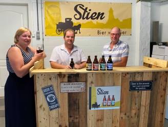 """Anderhalf jaar na opstart in coronaperiode eerste proeverij van Stien Bier: """"Met vier biertjes voor elk wat wils"""""""