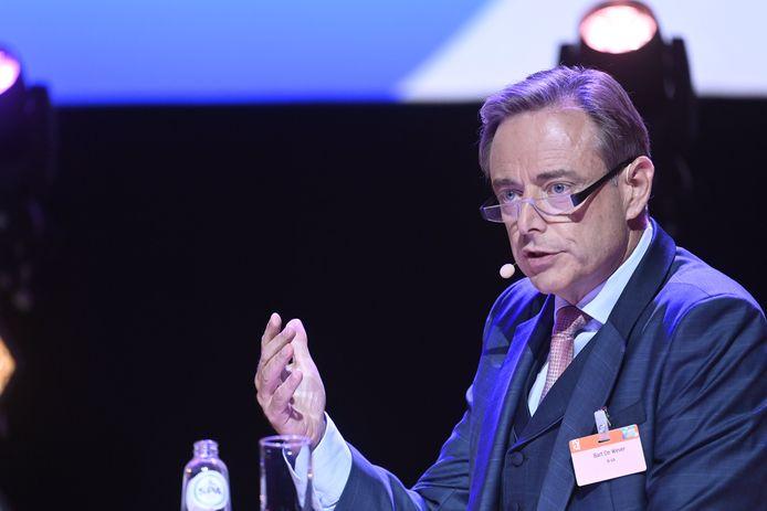 Bart De Wever (N-VA) wil er nog graag zes jaar als burgemeester bij doen na 2024