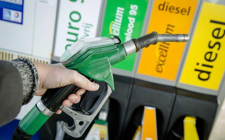 Rijden op aardgas, goedkoper en milieuvriendelijk, zegt de energieregulator CREG. Beeld ANP