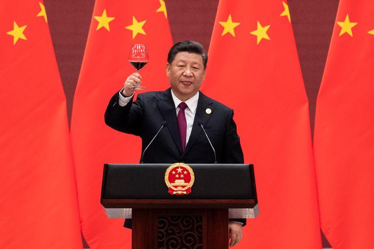 Xi Jinping in 2019 tijdens een bijeenkomst met 37 wereldleiders waarin zij internationale handelspolitiek bespraken.  Beeld EPA