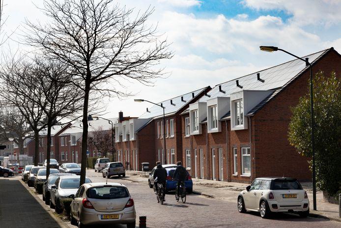 Aan de Michiel de Ruyterstraat in Waalre wordt meer groen aangeplant.
