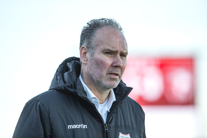 Ton Cornelissen assisteert bij de beloften van RKC Waalwijk en helpt de scouting bij zijn oude club.