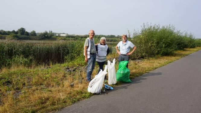 Vrijwilligers ruimen Nielse rivieroever op voor World Cleanup Day