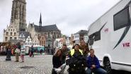 """Roosje (64) trekt met elektrische rolstoel naar Compostela: """"Tot over zes weken!"""""""
