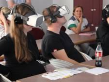 VR-bril laat ouders in spe verloskamer al ontdekken in ziekenhuis Sint-Augustinus