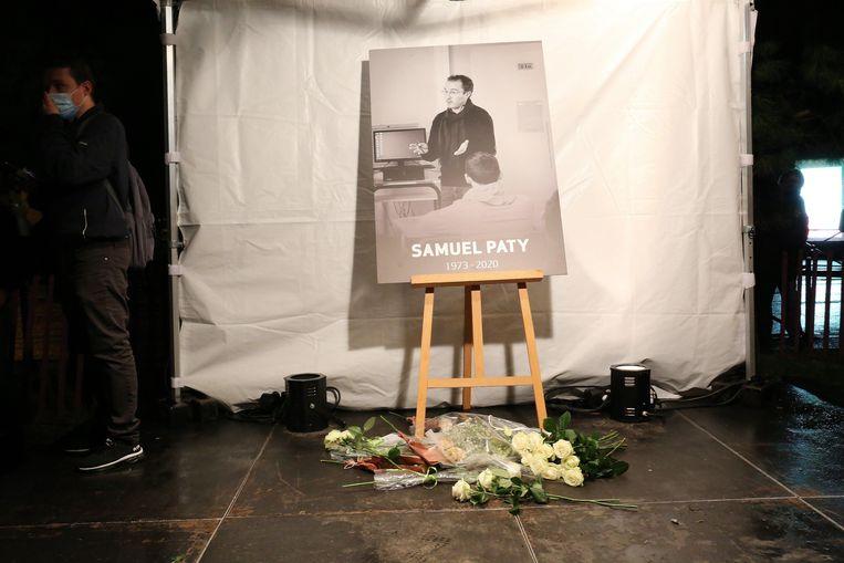 Hommage aan de vermoorde Samuel Paty.  Beeld Photo News