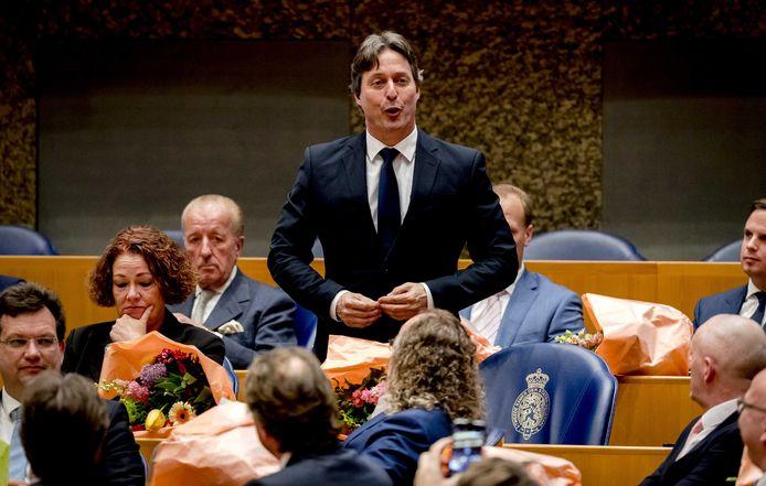 Edgar Mulder is al een maand of twee Kamerlid voor de PVV, net als zijn Overijsselse collega Roy van Aalst. Daar namen ze woensdag afscheid.