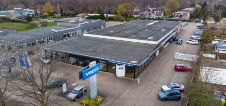 Nijmeegse Volvogarage verhuist naar 'ultramoderne' winkel: snelweg A73 om de hoek