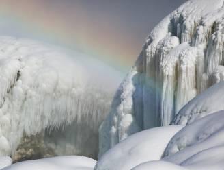 IN BEELD. Prachtig ijsspektakel rond Niagara-watervallen
