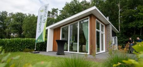 Familie uit Harderwijk wint vakantiebungalow van 150.000 euro met lot voor 33 euro