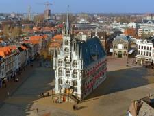 Bijzondere bodemvondsten die zijn opgegraven op de Markt in Gouda worden tentoongesteld