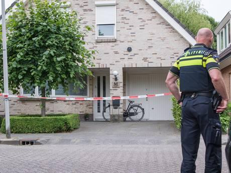 Dode Bodegraver die afgeleverd werd bij politiebureau gewurgd met riem
